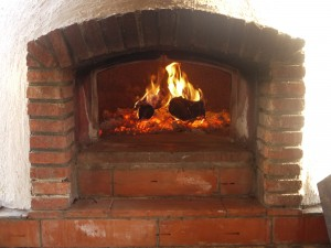 Bread oven for pizzas